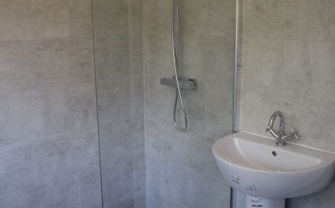 9 CHILTERN CLOSE BATHROOM (4)