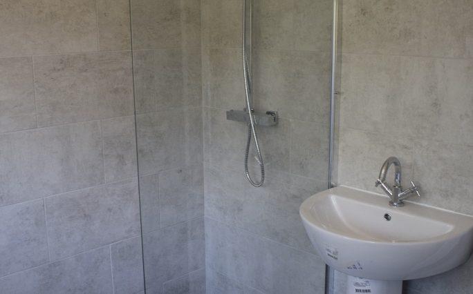 9 CHILTERN CLOSE BATHROOM (4)